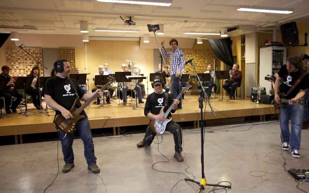 Grabación con profesores de la Escuela de Música y Danda de S. Sebastián (Foto: Paula Arbide)