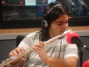Víctor Jiménez, periodista de deportes de RCM y flautista