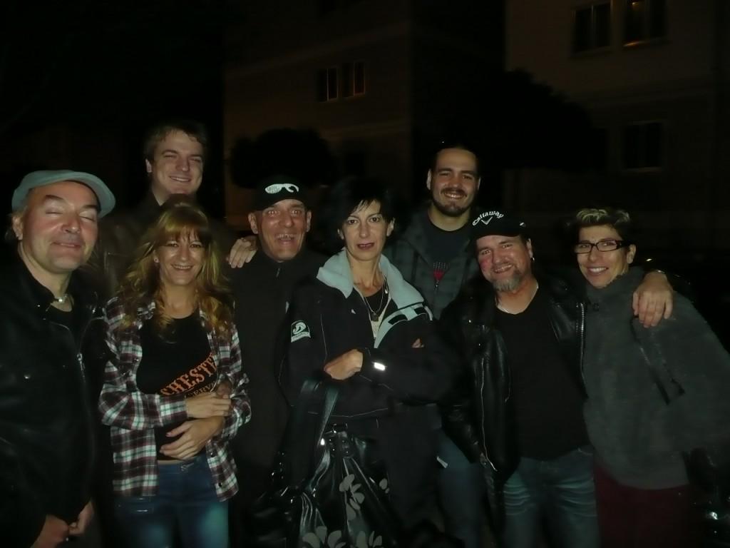 Javiton, Sara, Merino, Ibón, Ana Eltxo, Miguel y Nagore