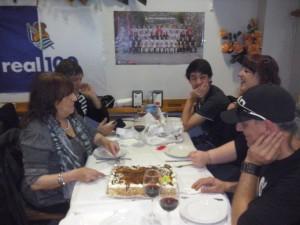 Todos en la mesa 2