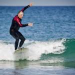 Ibón practica surf  Foto: María Ona