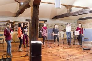 """Las chicas de """"Sorginak"""" en plena grabación Foto: María Ona"""